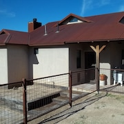 Country Ranch Guest House With Surrounding Mountain Views! New Listing