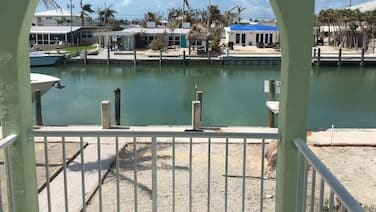 Just Reduced 3br/2ba Canal Side Duplex With Cabana Club Membership