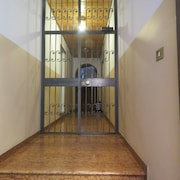 Altaseta Apartments - Near Basilica of San Domenico