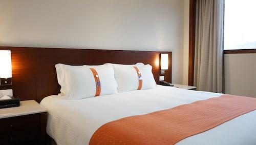 Hotels near Maokong Gondola £45 - ebookers com