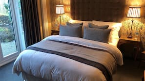 Egyptian cotton sheets, premium bedding, individually decorated