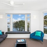 Modern Apartment with Sydney's Finest Views - CP308