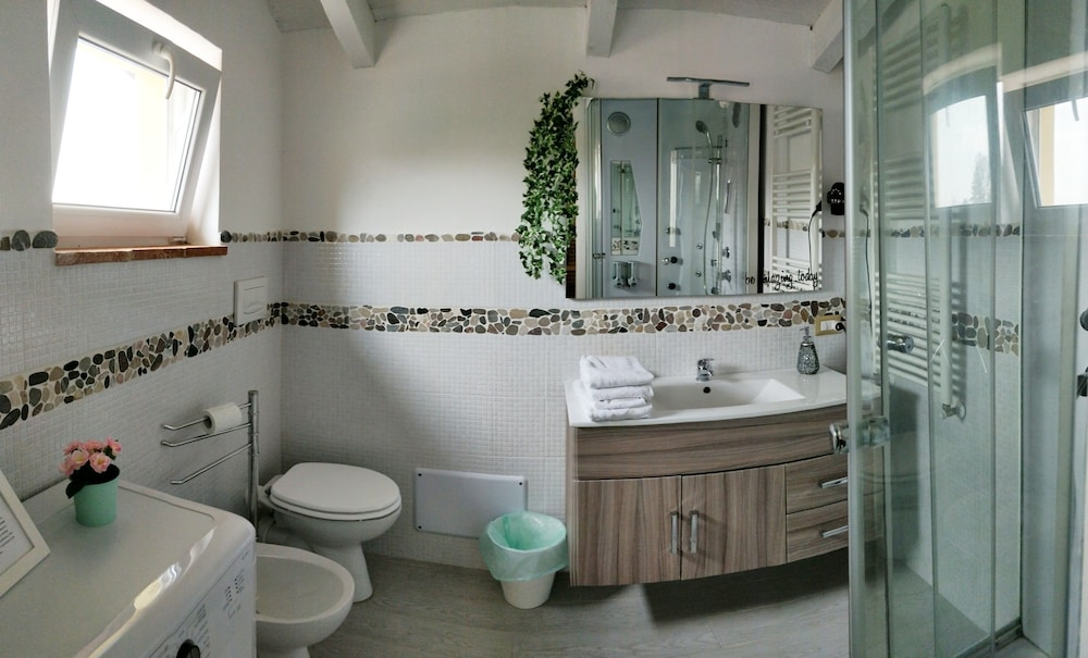 Bathroom, Barbera's Home