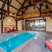 Pool On Summit Point - Four Bedroom Cabin