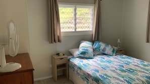 1 bedroom, premium bedding, iron/ironing board, WiFi