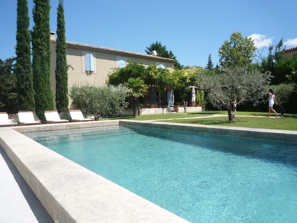 Charming Provencal Mas Quiet With Swimming Pool 8 Minutes Walk From ...