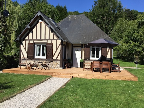 5 Minutes From Honfleur House With Garden and Parking for 7 People
