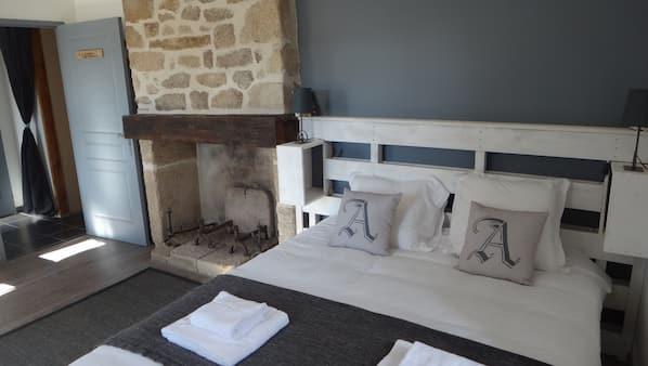 5 chambres, fer et planche à repasser, lits bébé, Wi-Fi