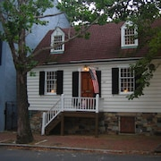George Washington Town House in Old Town Alexandria - Walk to Everything!