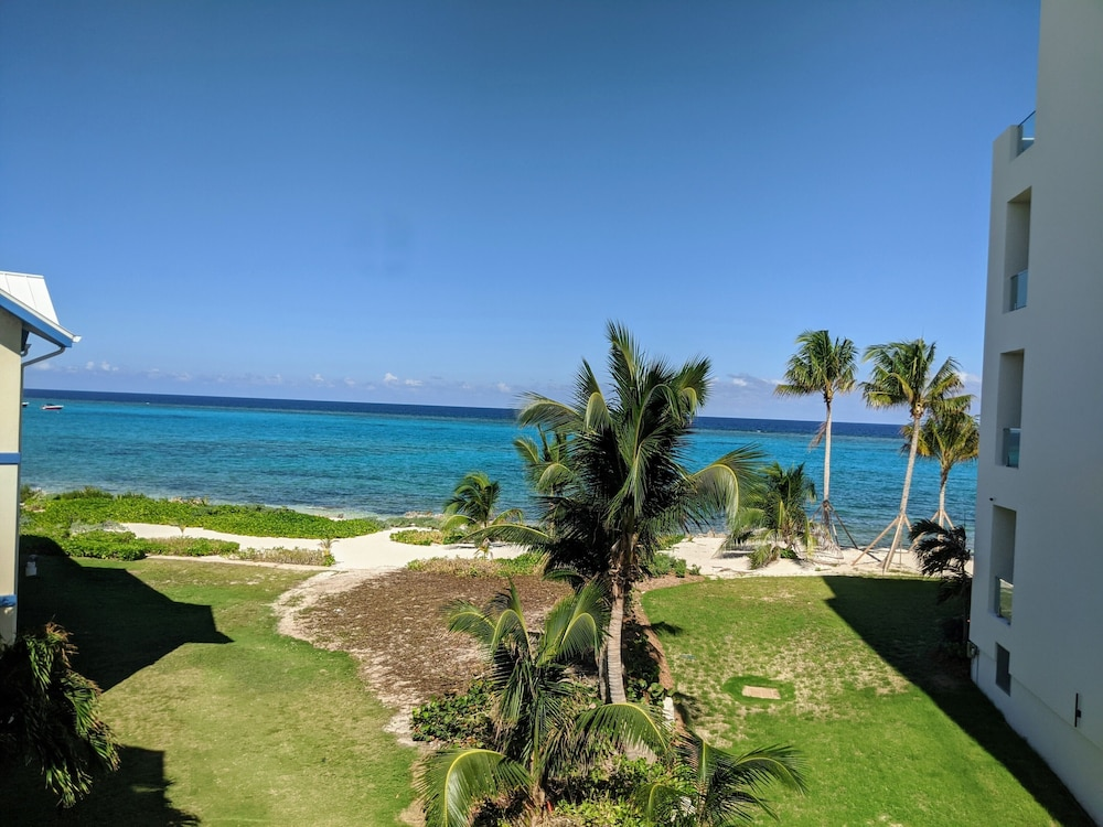 , Rum and Kai - Beach Front 1 Bedroom - Rum Point, Grand Cayman