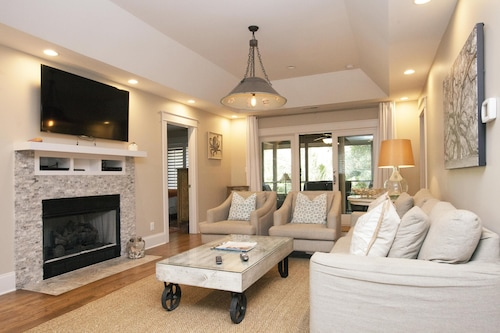3 Br New Renovation, Feature In Charlestonhome&design! Nr Ocean Resort Privilege