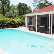 Pool Home Naples - Salt Water Pool - 3bedrooms - Wifi - Bbq/grill - Golf Course