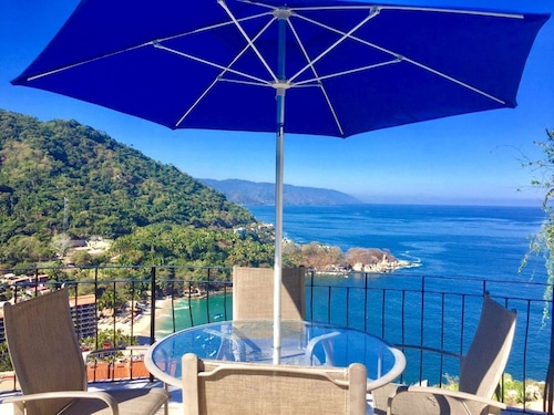 Villas Altas Mismaloya Pent House 3 Bedroom Ocean & Beach Views