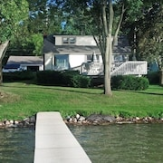 Beautiful Lake Front Home On Como With Boat and Motor Included