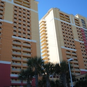 Beachfront Condo Across From Pier Park & Fishing Pier w/ Beach Service Included