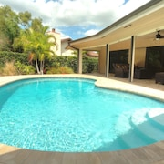 Heated Pool Luxury Pool Home Wifi Pooldeck Garage Minutes To The Beach