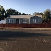 Comfortable home near Napa wineries, Six Flags and 33mi away from SF!