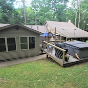 Turning Leaf Lodge--cozy Cottage With Hot Tub/spa in Ohiopyle