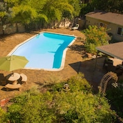 Private Garden Home With Large Saltwater Pool, Serene Office, Fireplace etc