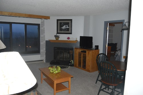 Silver Creek 1707 - 2 Bdrm Condo, No Cleaning Fee, A/c, Pool & Hot Tub