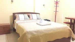 Individually furnished, desk, free WiFi