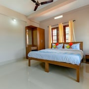 OYO 23037 Home Graceful 2BHK Kalpetta
