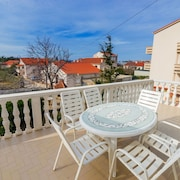 Pool Apartments Galeb