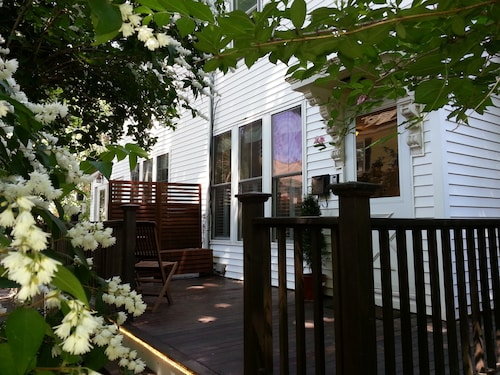 Cozy and Clean Duplex With Porch in Popular Jamaica Plain Part of Boston