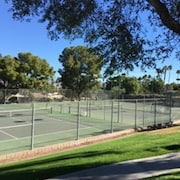 2 Bedroom Condo With Private Tennis Court and Pool