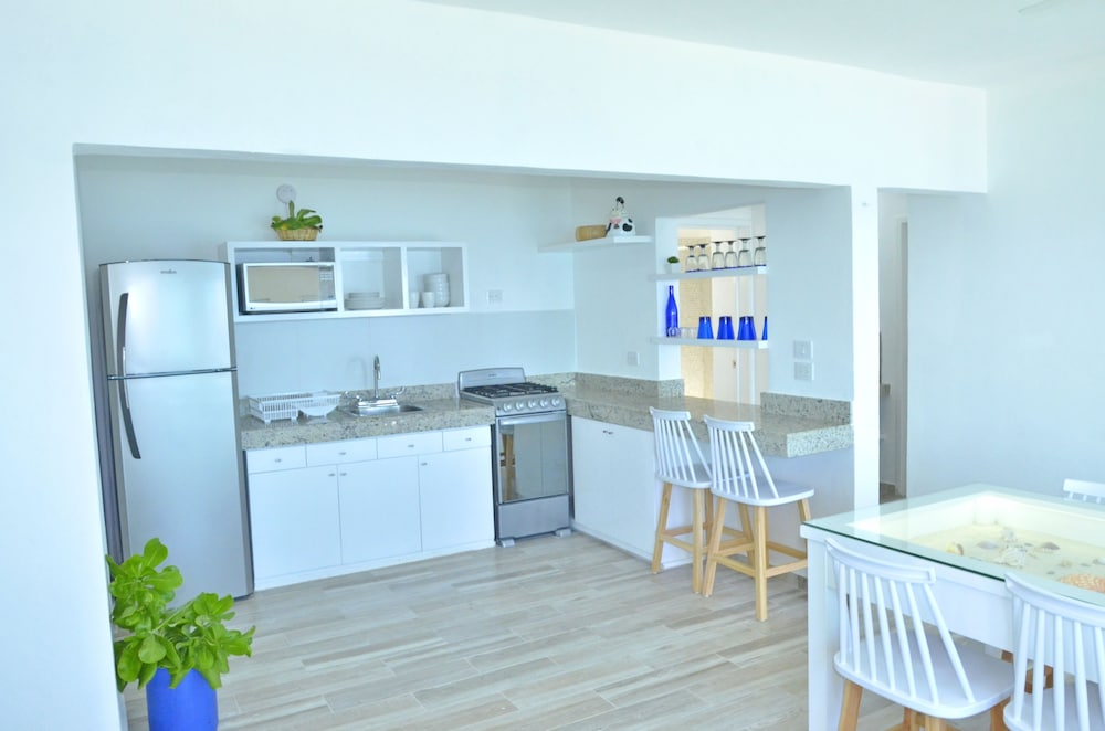 Private Kitchen, Amigo Rental Isla Mujeres