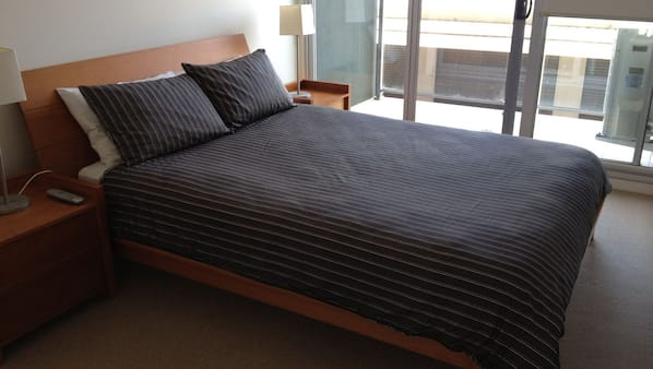 3 bedrooms, iron/ironing board, cribs/infant beds, free WiFi