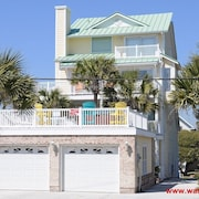 Enormous Home with INCREDIBLE Ocean Views! Hot Tub, Pvt Beach Access - Big Kahuna