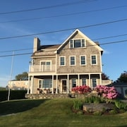 Water Views, Walk to Beach! 4 Bdrm Home + 1 Bdrm Separate Cottage! Walk to Beac