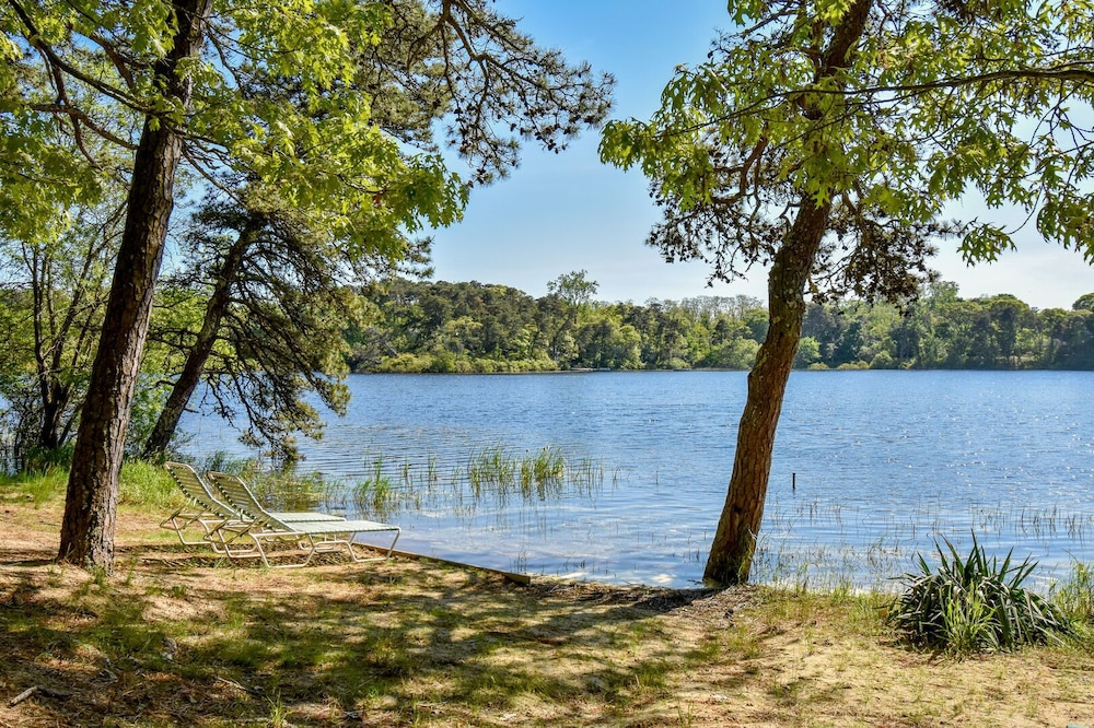 Beach, #408: Newly Renovated on Minister's Pond, Steps From Sand & Water! DOG Friendly!