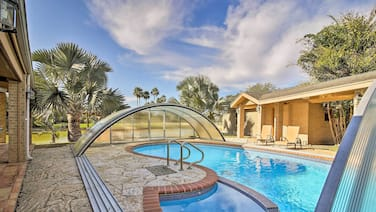 Waterfront Harlingen Home w/Pool,Spa & Gazebo