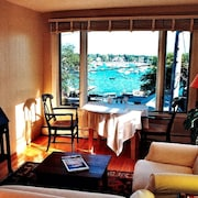 Marblehead Harbor Special Offer Aug 24 - Sept 2 Discount Book NOW