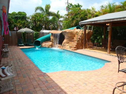 Beautiful Tropical Pool Home With Your Own Private Water Park and Pavillion