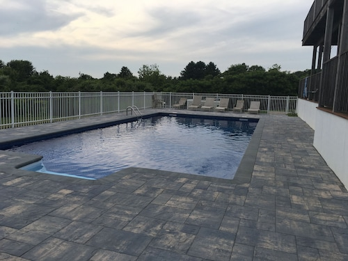 Large Montauk Home With Pool off East Lake Sunset View