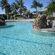 Lely Luxury Condo Resort - Spectacular Pool/beach/golf