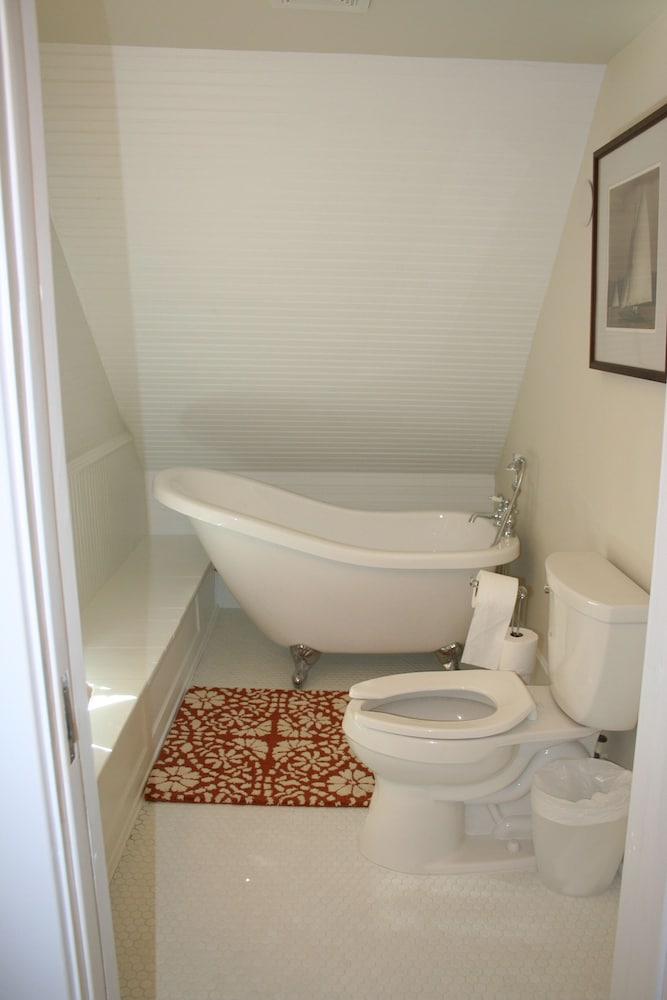 Bathroom, Charming Bead-board Cottage in Historic Excelsior on Lake Minnetonka