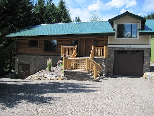 Fabulous Log Home Away From Home - Golf, Boating, Swimming, Hiking, Quadding