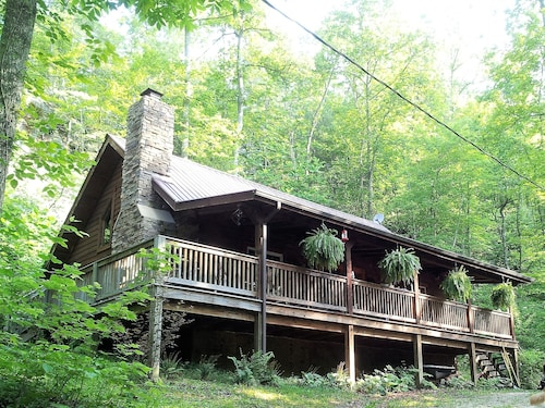 BIG Rock LOG Cabin Secluded, Beside Natural Bridge/red River Gorge