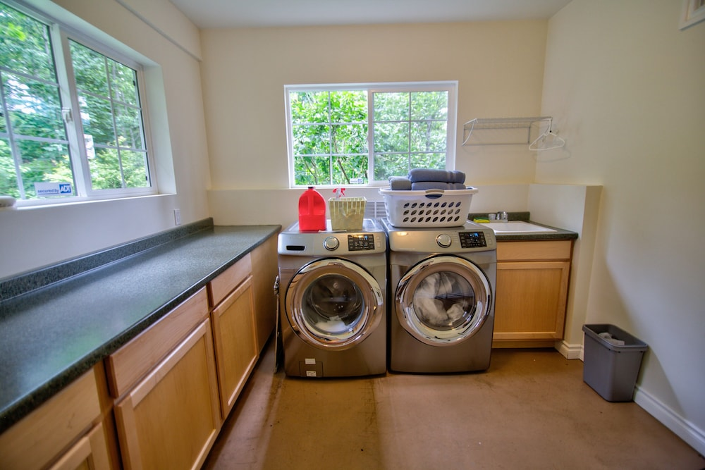 Laundry Room, Hagrid's Cabin - Beautiful View Over The Columbia Gorge, Near Vista House
