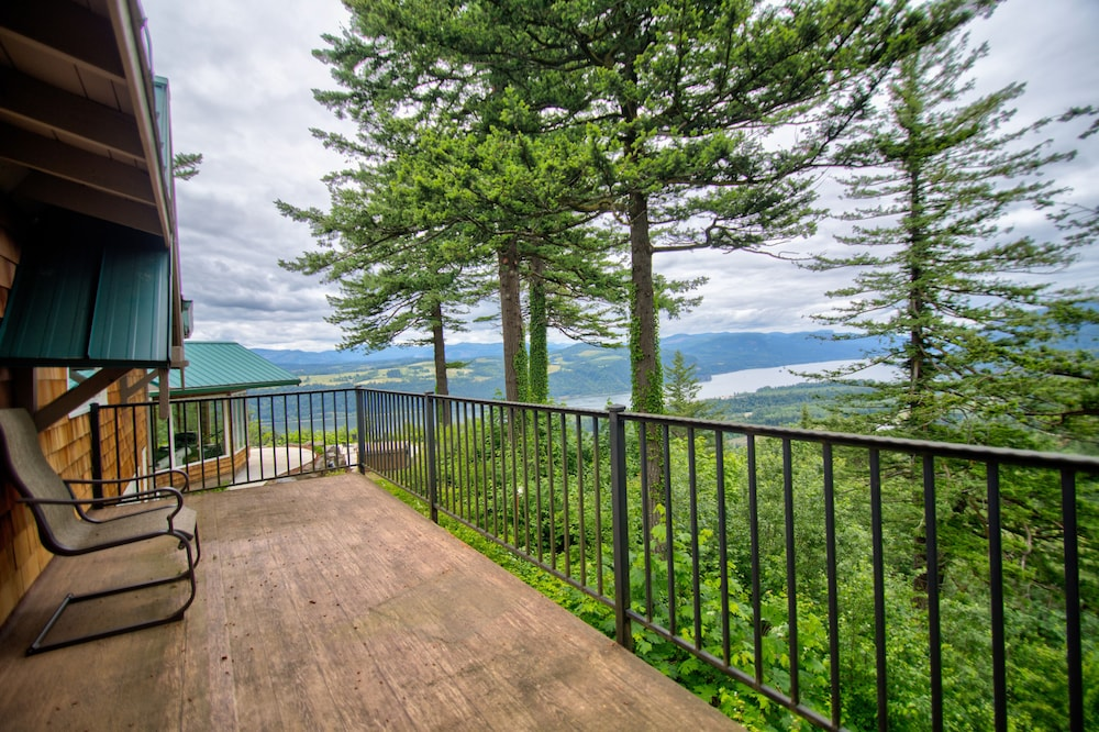 Terrace/Patio, Hagrid's Cabin - Beautiful View Over The Columbia Gorge, Near Vista House