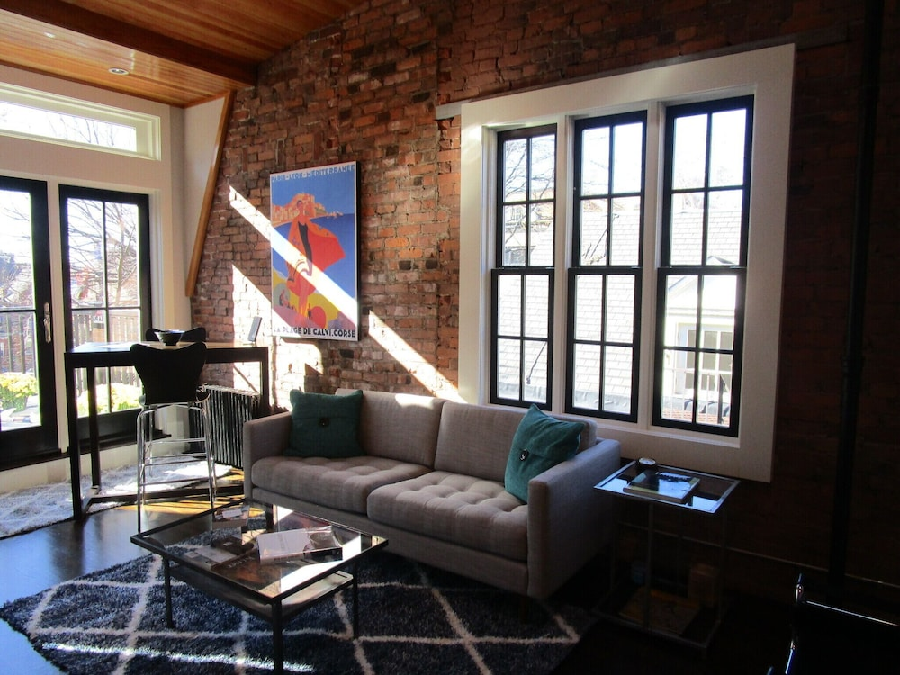 Living Room, Penthouse Apartment at Yale University