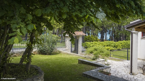 Holiday Home Sofia - 50 Meters From the sea for 6/8 People - Porec - Sea Center