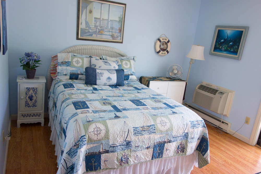 Room, Luxury Villa at Ocean Edge Resort Located at Endicott Village - Golf View