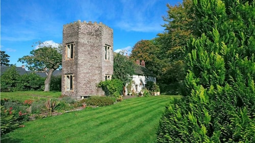 The Tower - One Bedroom House, Sleeps 2