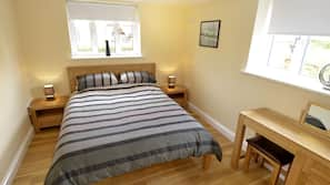 4 bedrooms, iron/ironing board, travel cot, free WiFi