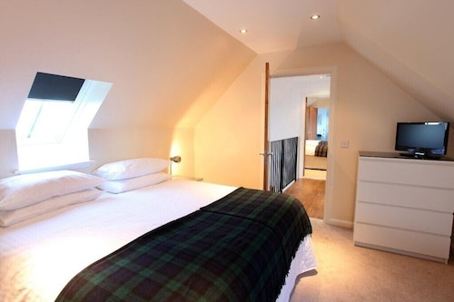 Luxury 4 Bedroom Accommodation, Ideal for Golf Parties or Family Breaks